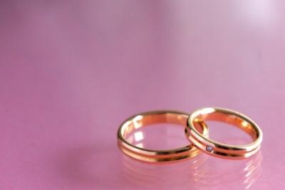 給料3カ月分は昔の話? 婚約指輪の相場と人気のブランド