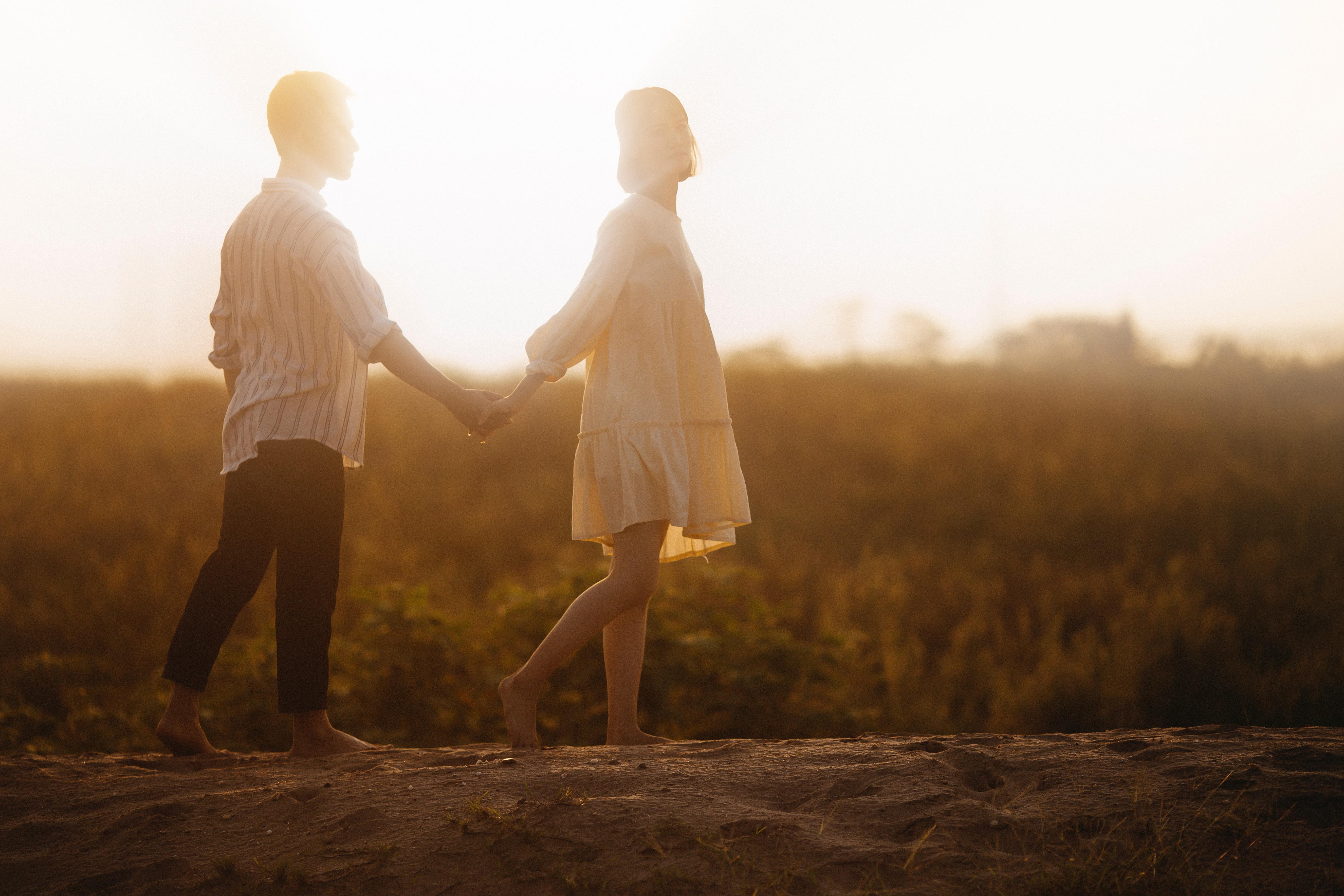 結婚適齢期に結婚すれば幸せになれるのか