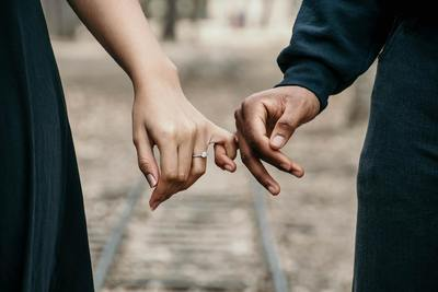腐れ縁とは。結婚したいなら「腐れ縁」を断ち切ることが大切な理由