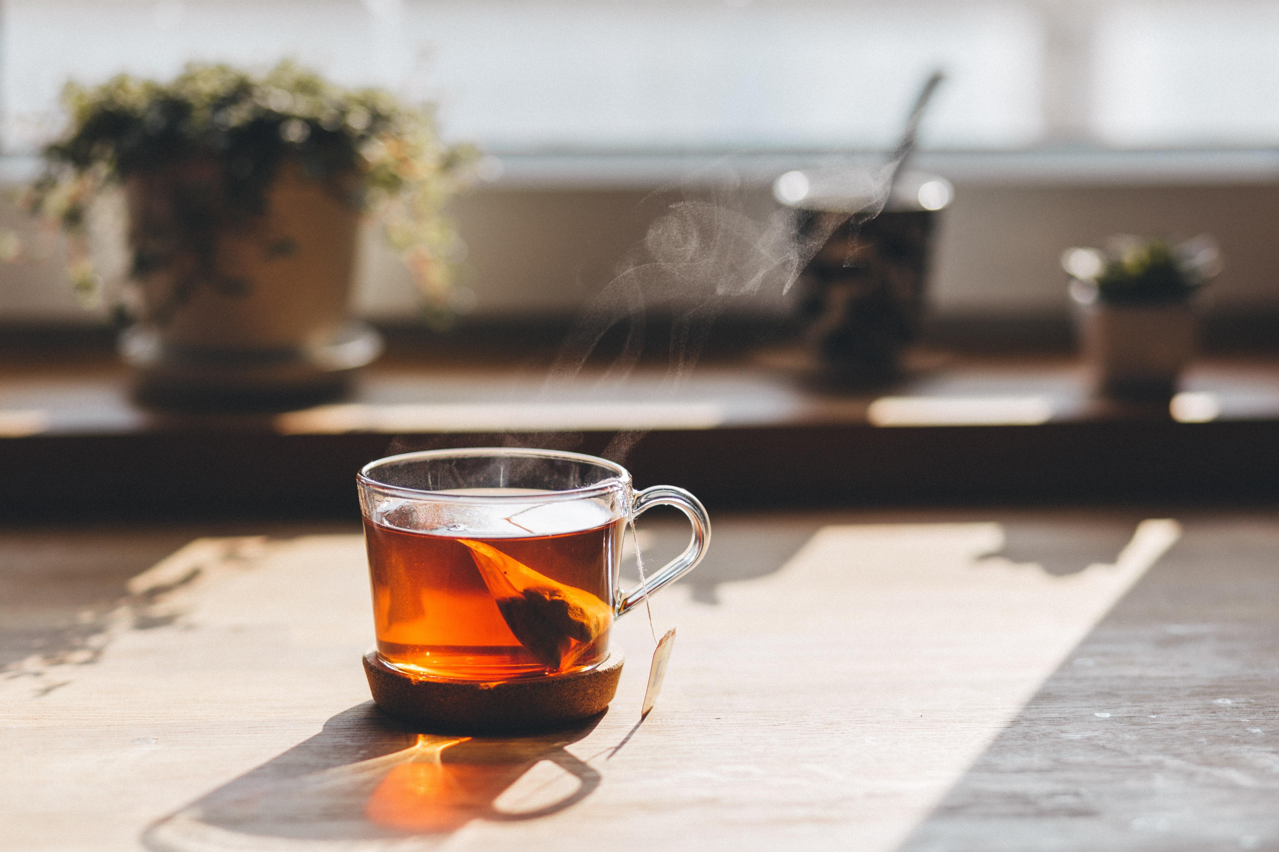 ジャスミン茶を飲む