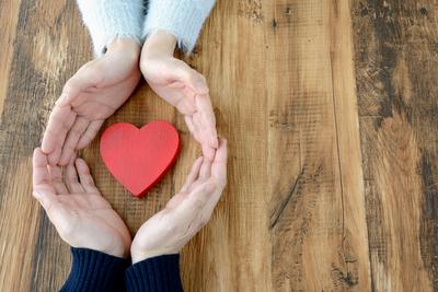 30代男性の恋愛事情を探る! 結婚したい女性の特徴って?