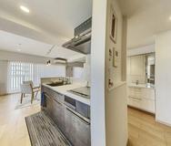 Small kitchen2