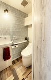 Small toilet2