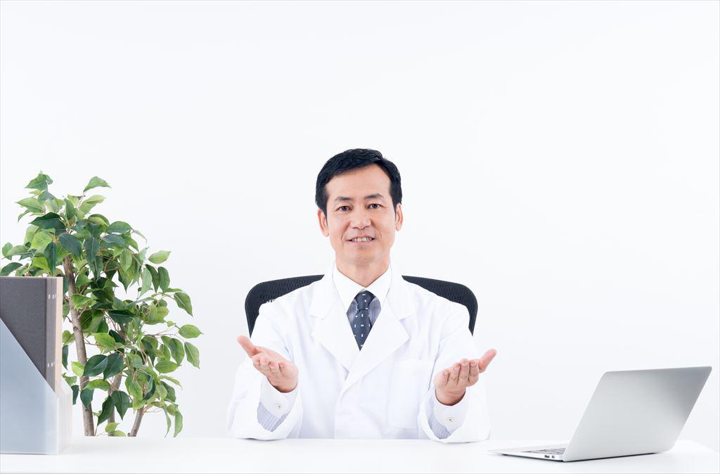 医師の男性
