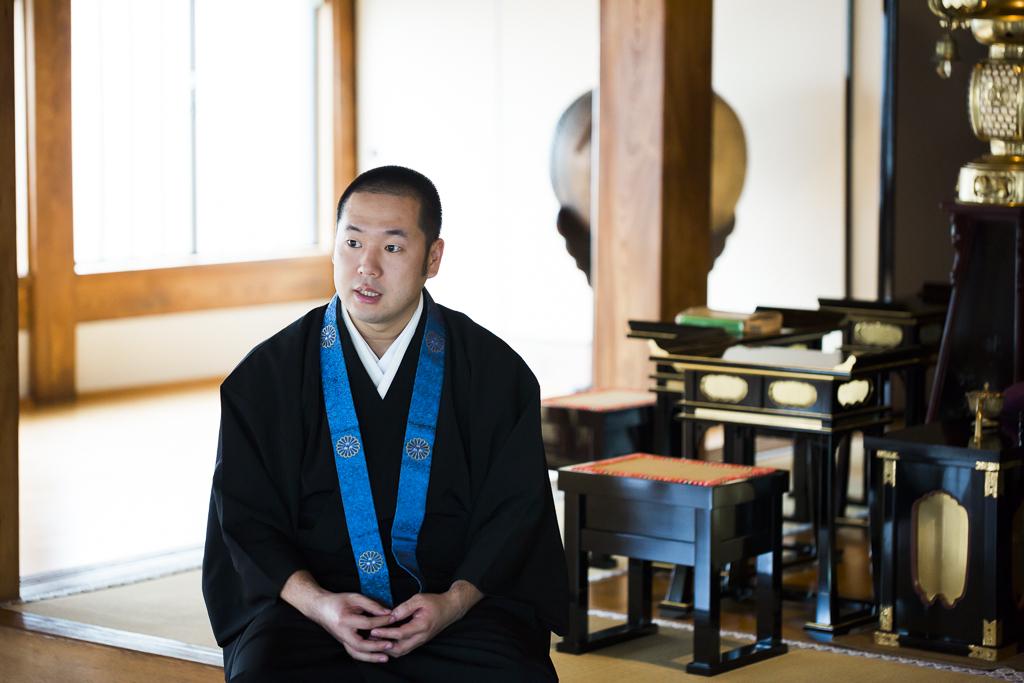 「自分の感性に従えば、次の仕事に繋がる」 寺社フェス「向源」を仕掛ける僧侶・友光雅臣さん