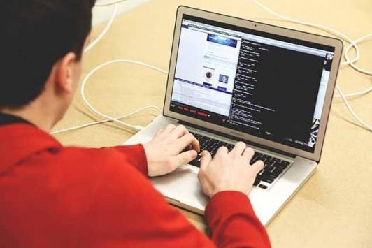 プログラミング学習者必見!無料でプログラミングが学習できるサイト14選