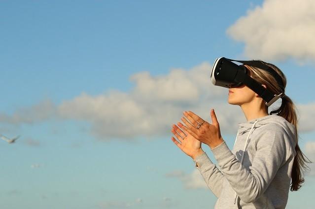VR・MR・ARの違いとこれから期待が高まる分野とは?