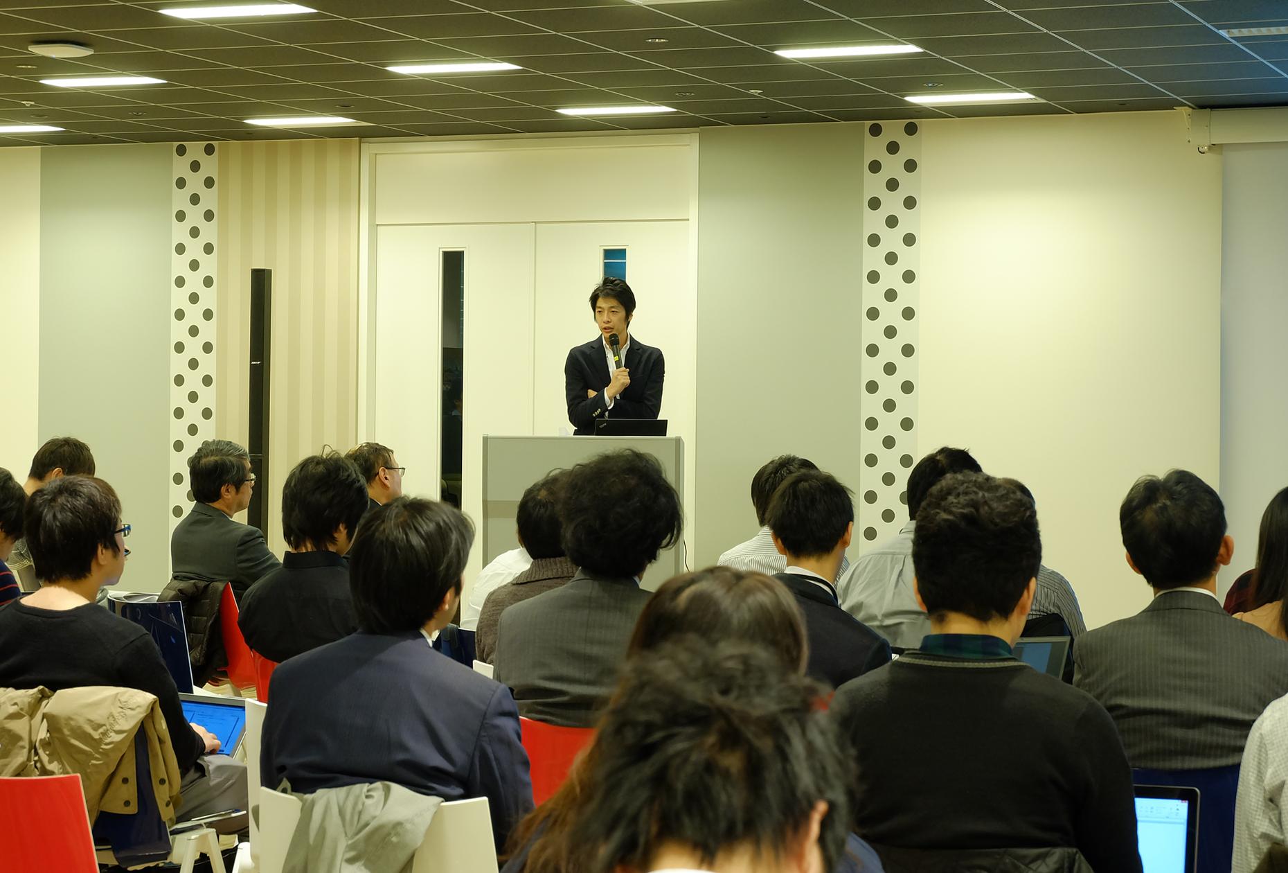 フロムスクラッチ 請井氏が語る「破壊的イノベーションを実現するエンジニアチーム」の特徴《新卒エンジニア育成カイギ その3》