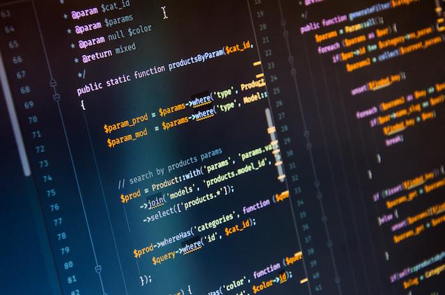 PHPでのCSVファイルの読み込みや書き出しの方法を解説!