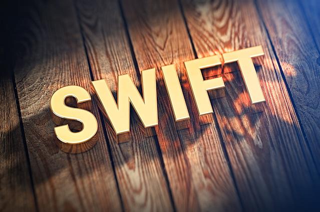 【Swift入門】Swift文法を楽しく理解しよう - クラスとインスタンス