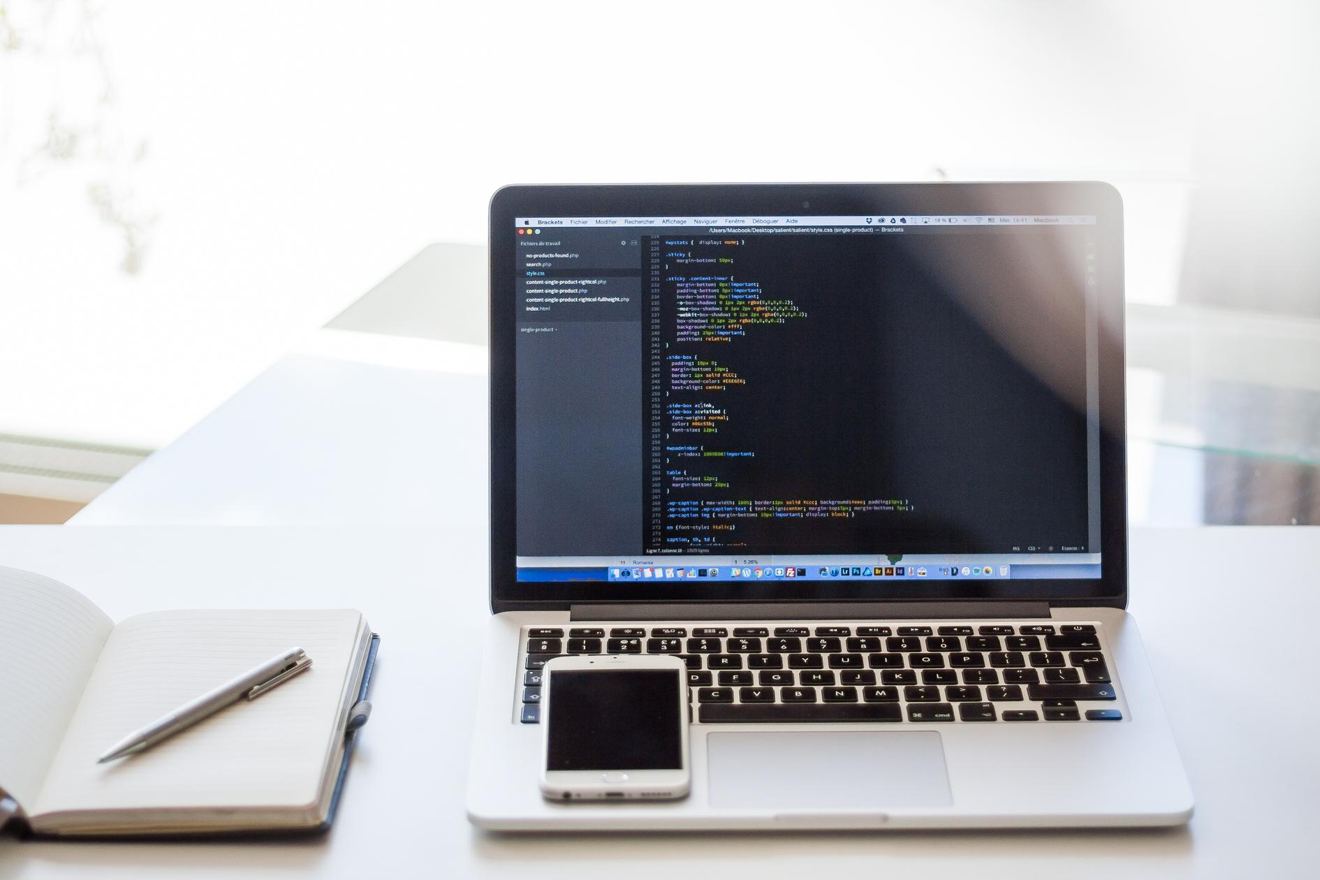 プログラミングとは?プログラミングの概要から学習方法までわかりやすくまとめてみた