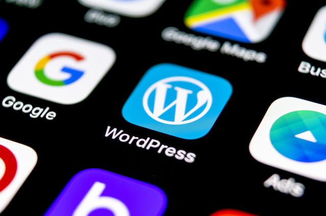 ドメインもサーバーもデータベースも無料でWordPressを運用してみる