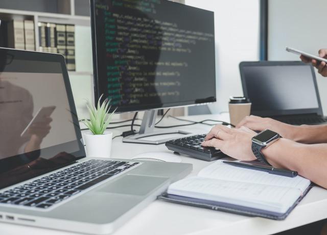 ソフトウェア開発の効率と品質を向上する『部品とひな型』