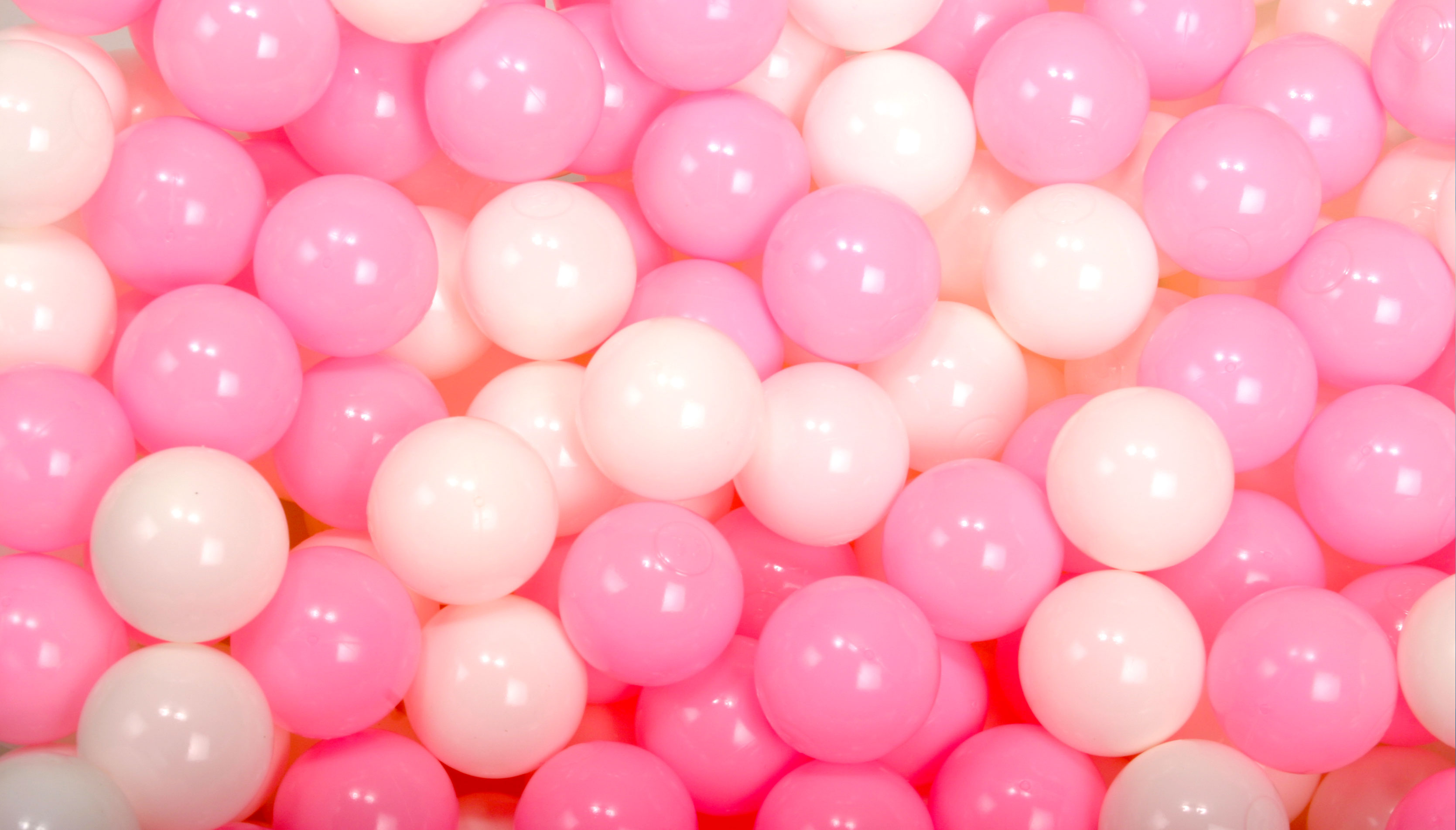ボールプール用カラーボール ハーフ&ハーフ 白xピンク