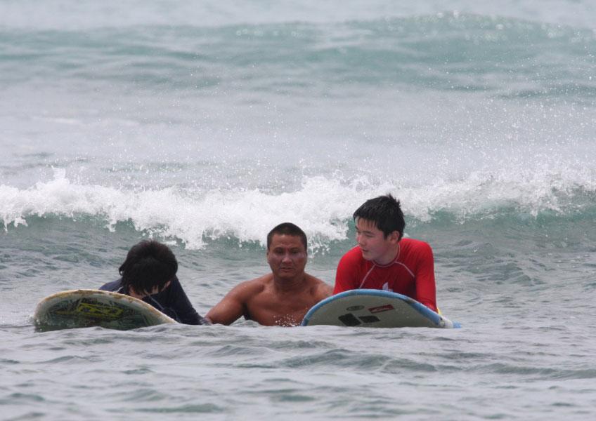 한스 히드만 서핑 스쿨 - 2시간 세미프라이빗 서핑 레슨