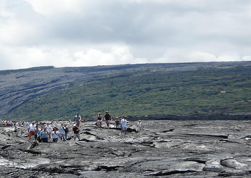 [ハワイ島] 日帰り観光+午後の溶岩ハイキング