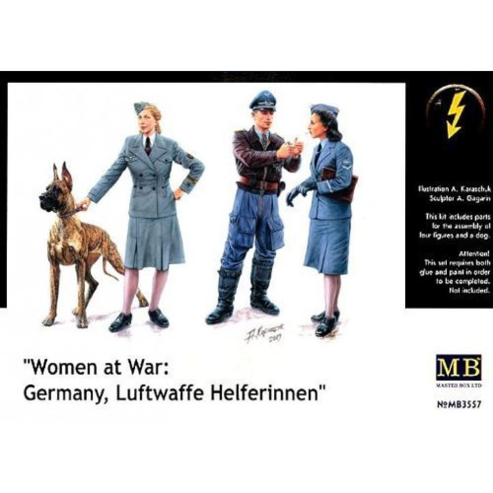 Master box 1/35 German Air Force women's assistant + pilot + officer 67393 Plastic