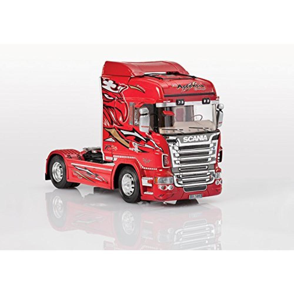 "Italeri 1/24 Scania R560 V8 High Line ""Red Griffon"" Tractor Head Plastic Model Kit IT3882"