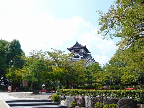 犬山城 - 本丸門から