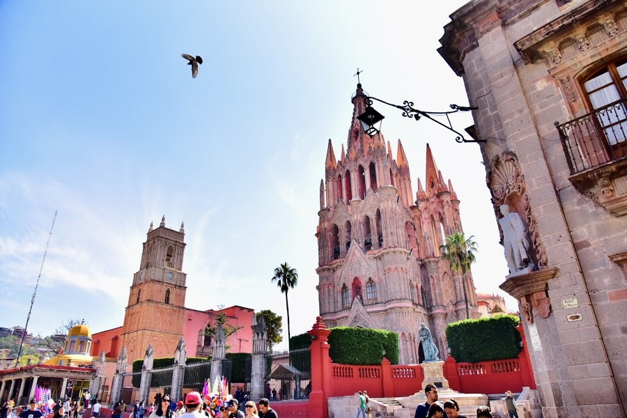 旅行記 │ カラフルな街 サン・ミゲル・デ・アジェンデ でアートの旅?