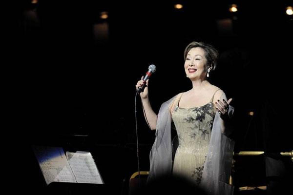 由紀さおり「ピンク・マルティーニ」コンサート