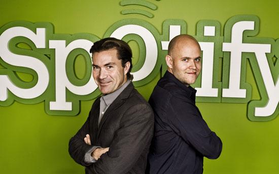 Spotifyの共同創業者マーティン・ローレンヅォン(左)とダニエル・エック(右)