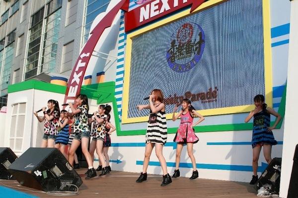 Cheeky Parade お台場初上陸、新曲「チィキィファイター」初披露