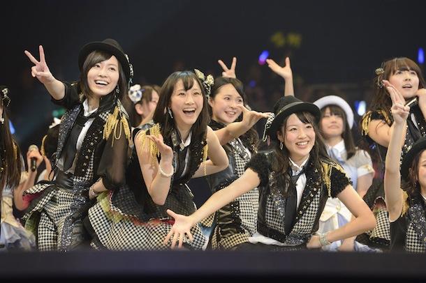 SKE48、春コンサートでチーム組閣を発表 手をつなぎながら