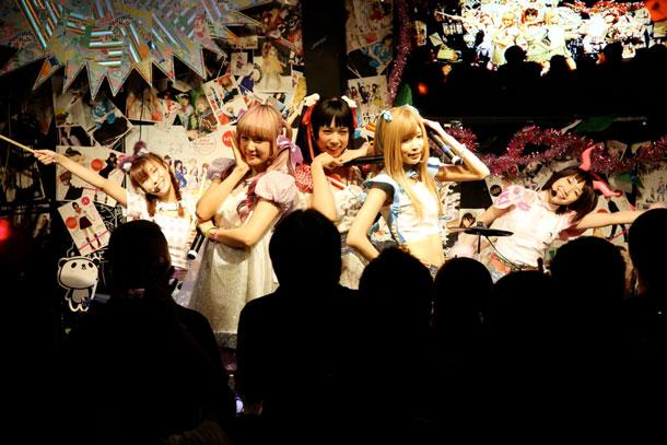 「バンドじゃないもん!〜the genesis of Quintette!〜」6月8日東京・秋葉原ディアステージ