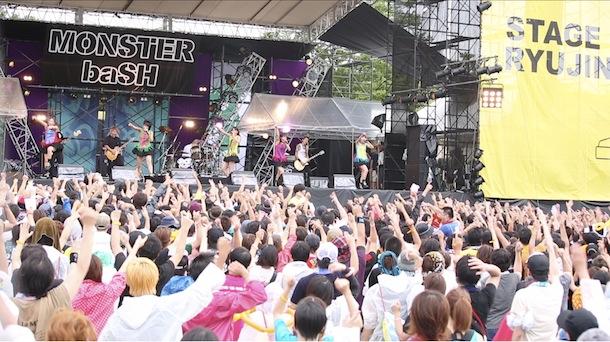 「MONSTER baSH 2013」ひめキュンフルーツ缶