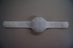 FreFlow(フリフラ)リストバンド型ライト 全体像(全面)