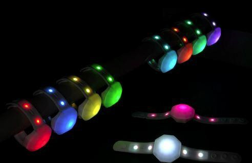 FreFlow(フリフラ)リストバンド型ライト