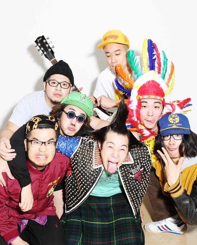 気鋭の写真家7人が話題のパンクバンド「どついたるねん」を撮り下ろし