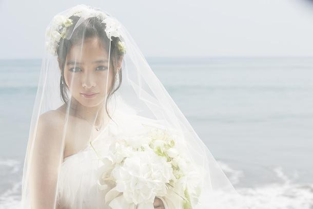 Rev.from DVL 橋本環奈、1st写真集『Little Star~KANNA15~』11/14発売