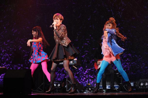 荻野目洋子 30th Anniversary LIVE ディア・ポップシンガー 10月16日(木)赤坂BLITZ