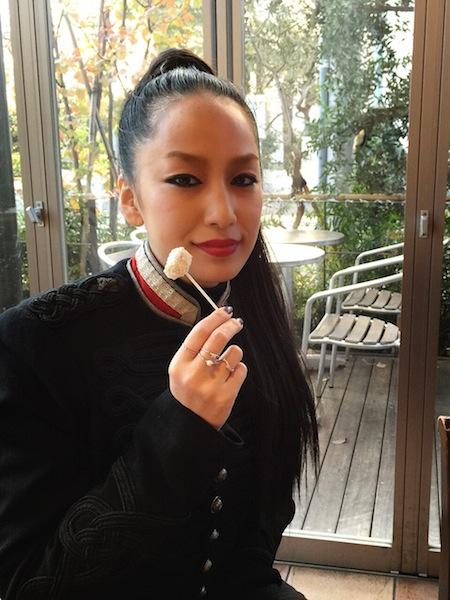 """中島美嘉 """"雪の華""""スウィーツ販売決定"""