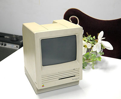 80年代に初めて導入したパソコン、Mac SE