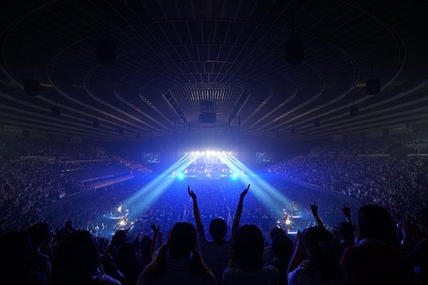 「UVERworld ARENA TOUR 2016 TAKUYA∞生誕祭」