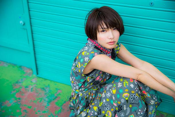 植田真梨恵が8月9日にリリースする7thシングル「REVOLVER」を記念して、8月3日2100よりLINE LIVE「植田真梨恵のぐるぐるLINE  LIVE〜ららさん止めて〜」が配信される。