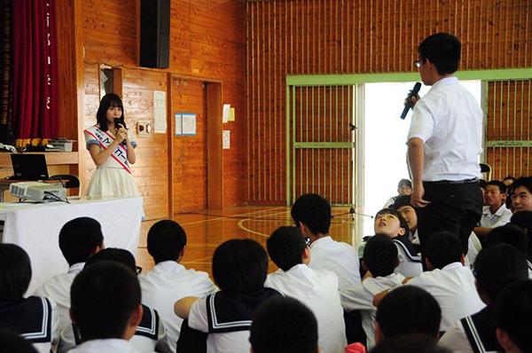 SKE48・大場美奈、宮崎県マンゴー町の1日町長に就任7
