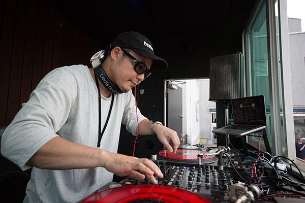 RIP SLYME主催「真夏のWOW」DJ ISO