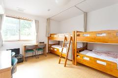 洋室/4名(二段ベッド)
