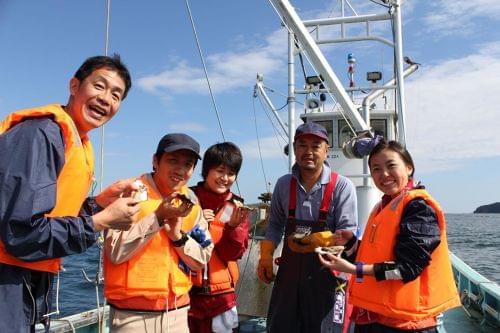 気分は漁師♪阿部さんの船に乗っていざ海へ!