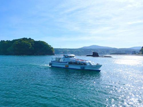志津川湾を周遊する人気の観光船です。