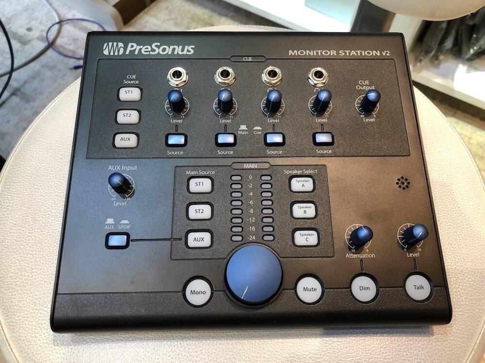 Monitor ST01