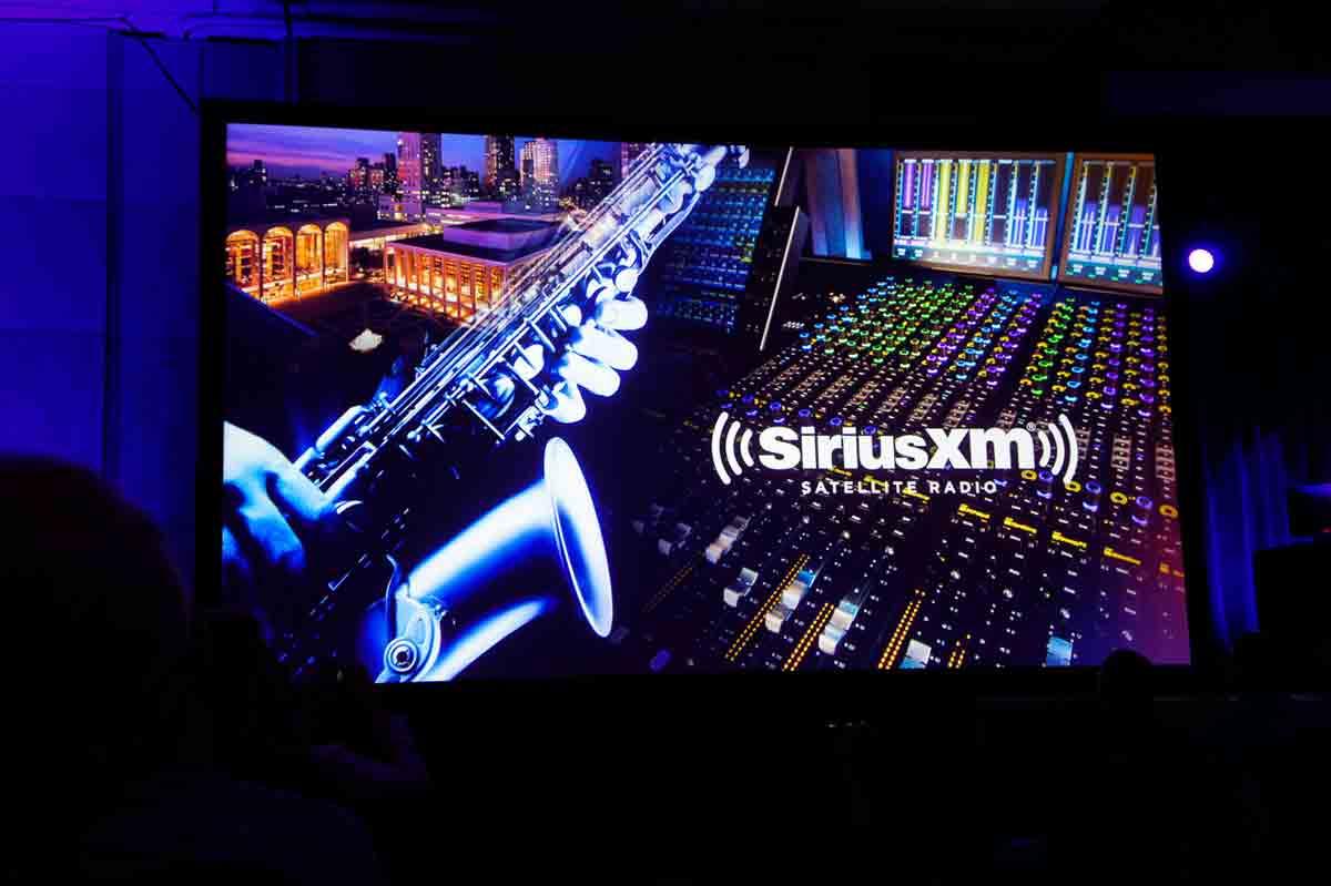 放送空、ライブサウンドまで幅広い分野からの紹介