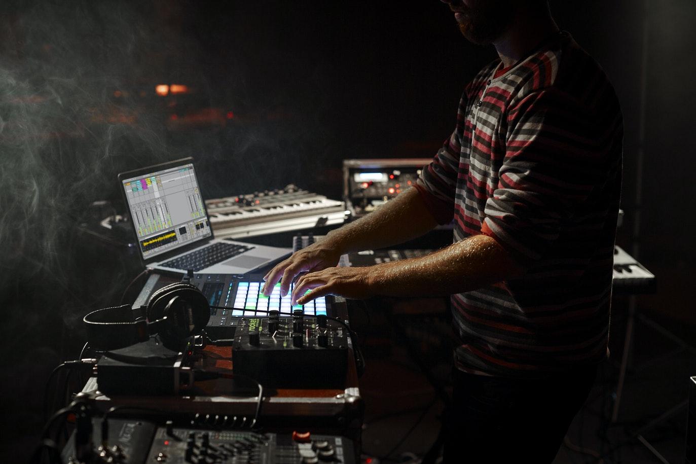 photo-perform