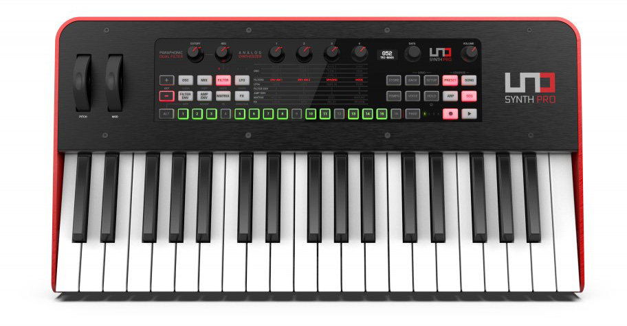 ikc-L-UNO Synth PRO_key_front.407_r_opt