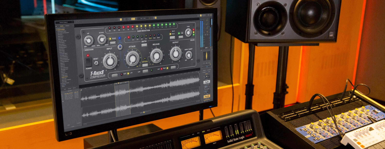 comprexxor_studio-9227_tr@2x