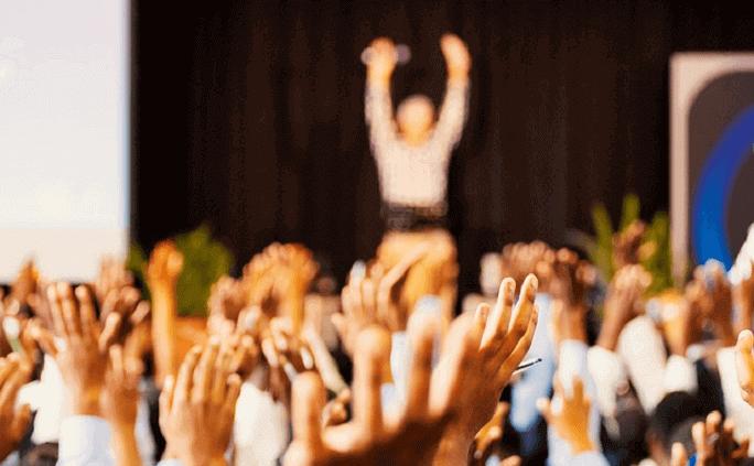会社説明会の内容とは?学生が聞きたいことや人気プログラムについて